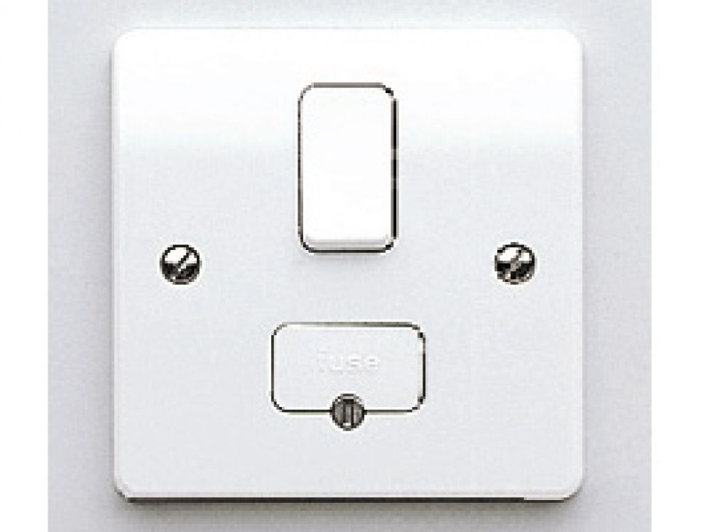MK Logic Plus K1040WHI White Switched Connection Unit 13A