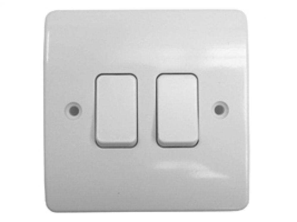 MK Logic Plus K4872WHI White 2 Gang 2 Way Plate Switch 10A