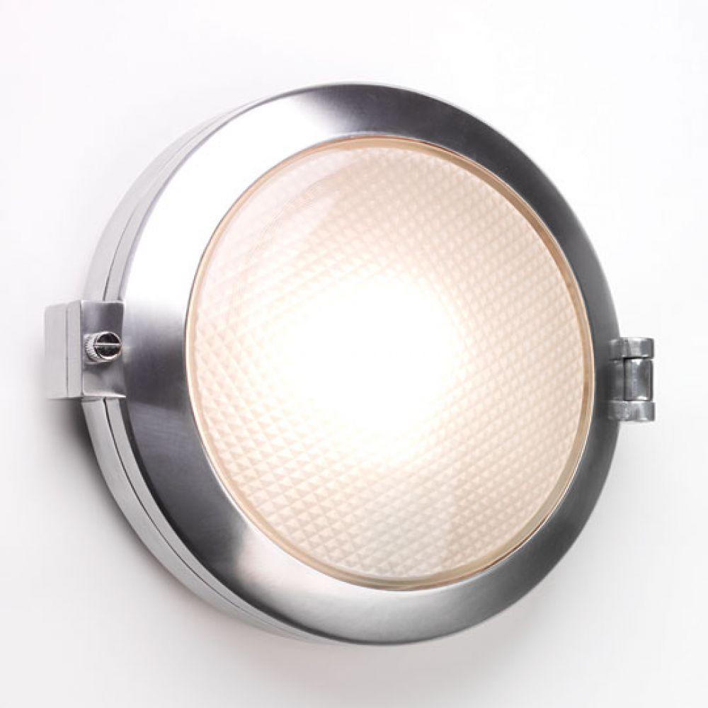 Astro Lighting 1039001 Toronto 0325 Exterior Wall Light. Polished Aluminium Finish