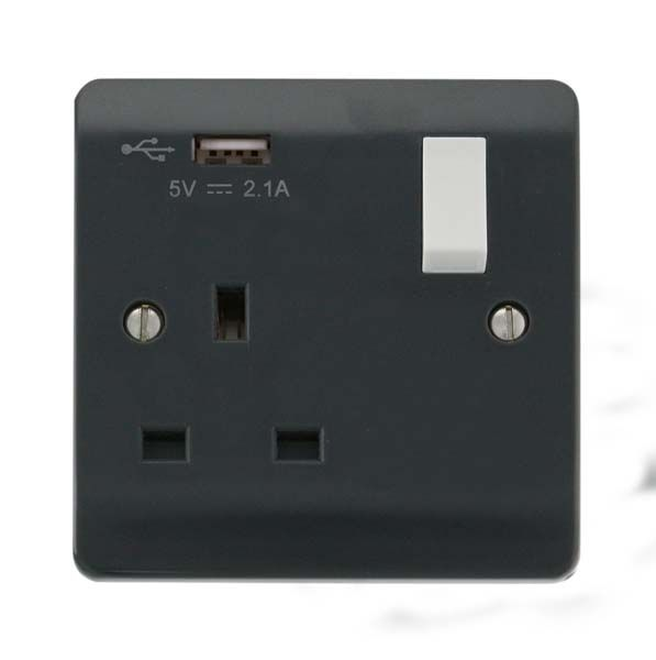 Scolmore Mode Part M 1 Gang Switched Socket with USB outlet