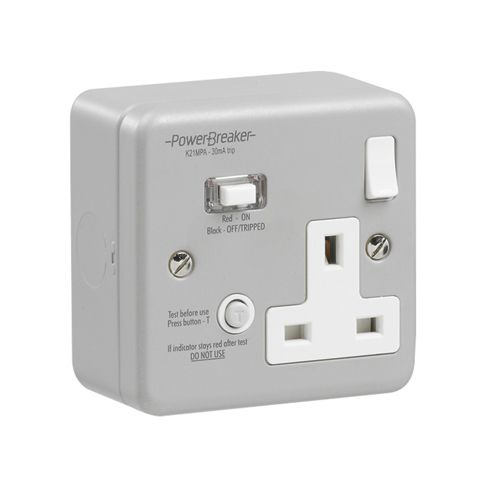 Greenbrook PowerBreaker Metal Clad 1 Gang RCD switched Socket 30mA 13A